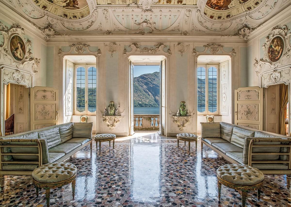 Villa Sola Cabiate sala degli stucchi