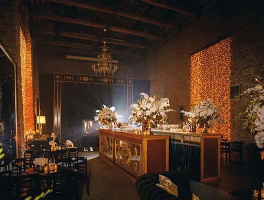 32-Wedding-Party-in-Venice-AK-by-eventoile.com