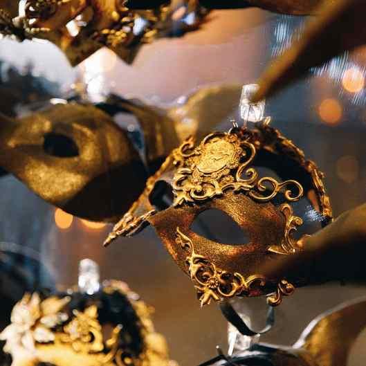 36-Masquerade-Party-Granai-Hotel-Cipriani-Venice-eventoile.com