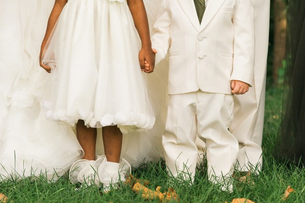 EventsLuxe Midwest Tuscan Winery Wedding kids 2