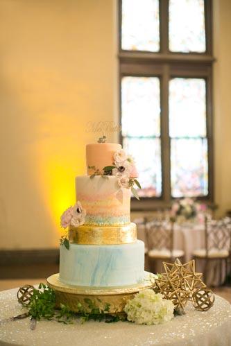 Sarah's Cake Shop Wedding Cake   Events Luxe Weddings