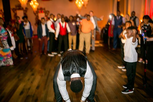 Football garter toss | Events Luxe Wedding