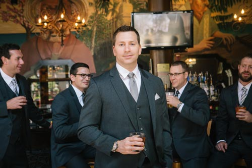 Groomsmen at the bar | Events Luxe Weddings