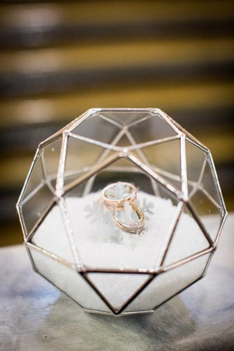 Snowy Rings | Events Luxe Weddings