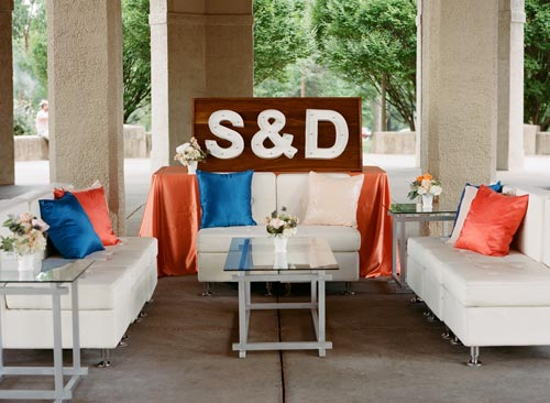 Wedding Entrance blue and orange | Events Luxe Weddings