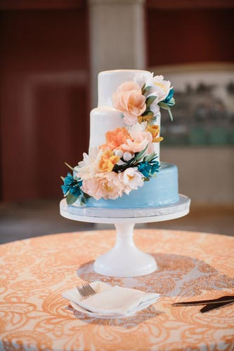 blue and orange wedding cake | events Luxe Weddings