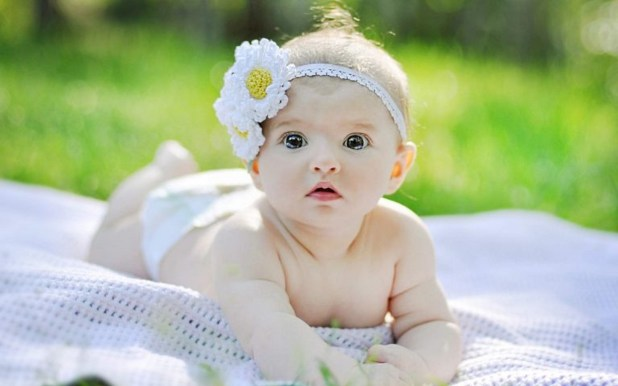 Cute And Lovely Baby Pictures Free Download: Cute & Lovely Baby Photos HD Images & Wallpapers 2017