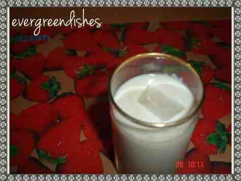 bananaand oats milkshake
