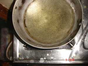 oil in wok