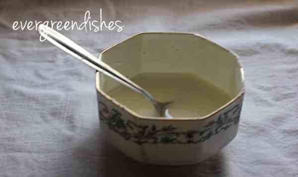 make paste of cornflour