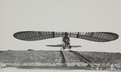 blog-john-j-montgomery-evergreen-glider-4822116017_ec9321cdf5_o