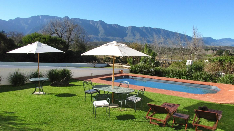 Arizona Backyard Design Ideas | Evergreen Turf on Turf Backyard Ideas id=73663
