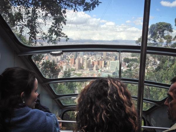 funicular-cerro-de-monserrate-bogota-colombia