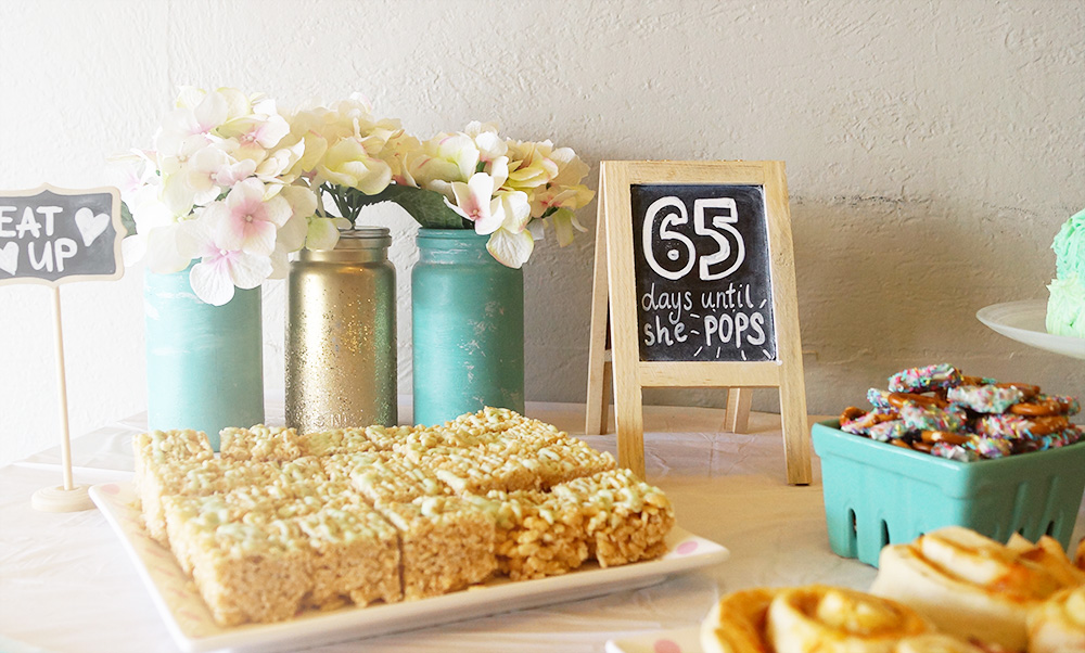 A Green and Gold Baby Shower | With Free Printables | Find more at Eversobritty.com