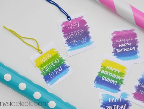 Printable Gift Tags from Hey There Home - Happy Weekend + 5 Things I Love from EverSoBritty.com. Find more gifting inspiration, crafts and DIYS here.