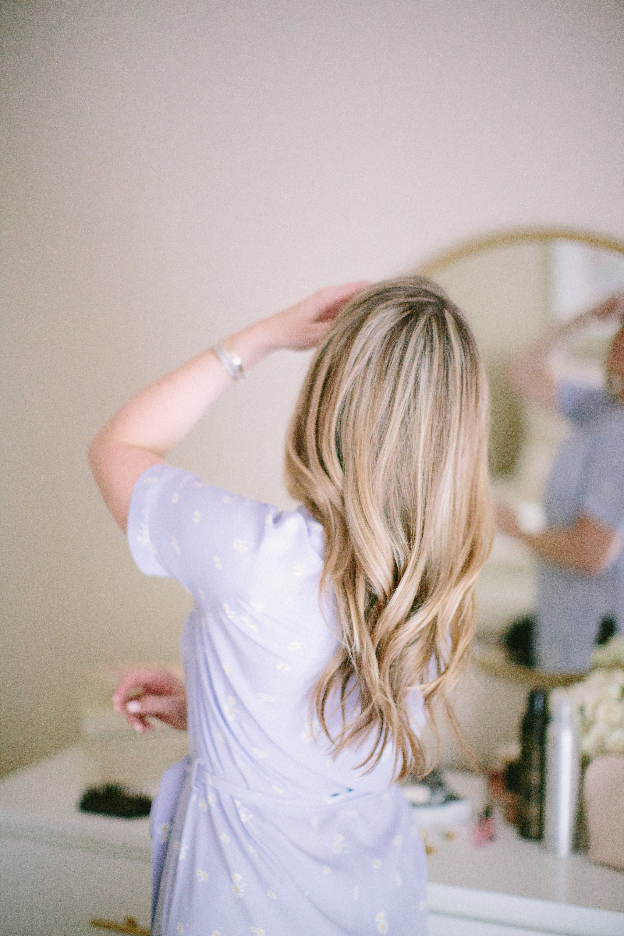 Loose Wave Hair Tutorial by NC beauty blogger Every Chic Way