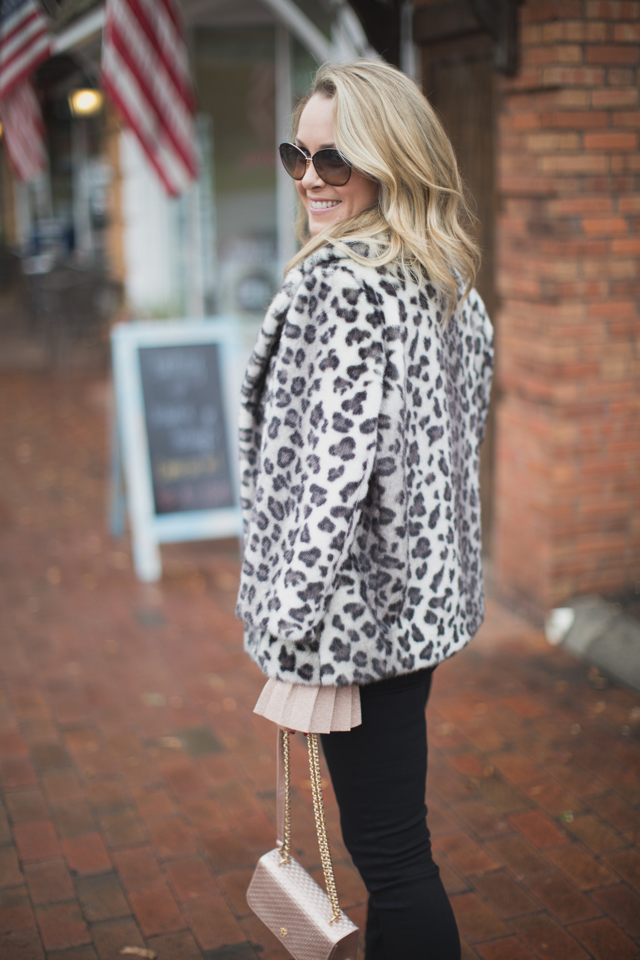 My go-to look for the holidays on ECW today. - Shopping with IFCHIC by North Carolina fashion blogger Every Chic Way