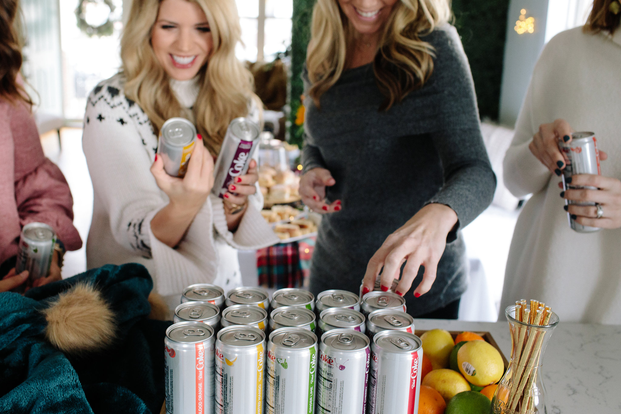 Today on Every Chic Way, I am so excited to share with you some exciting news! I will be introducing the new flavors of Diet Coke!