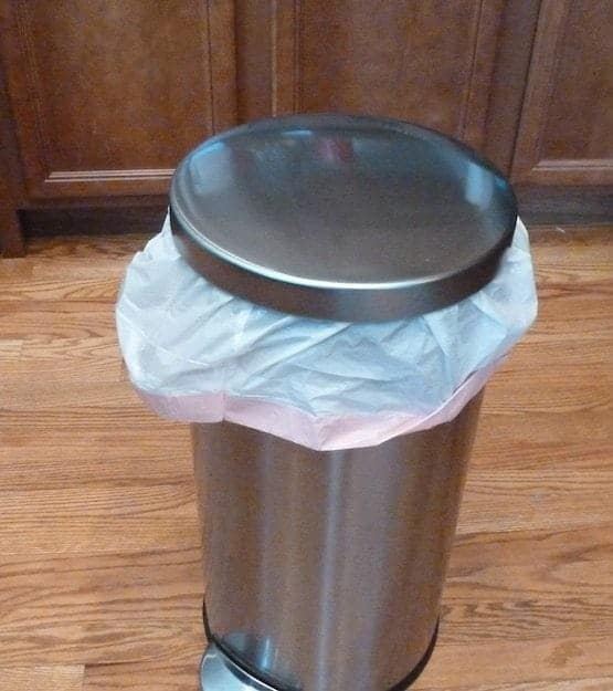 my perfect kitchen trash can and perfectly cheap bags, too!