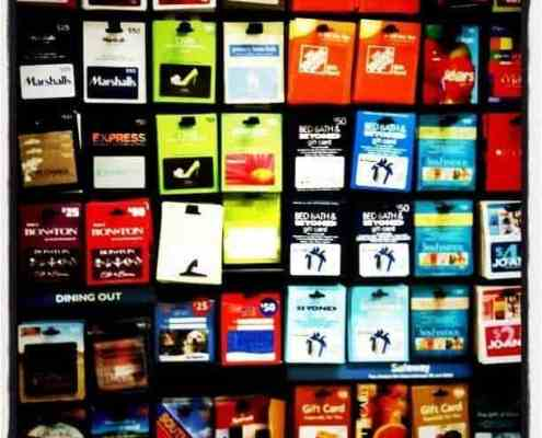 Gift-cards-on-store-rack