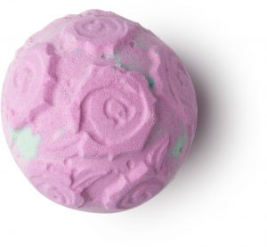 rose bombshell prodotti lush alle rose