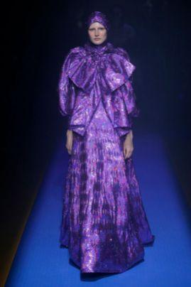 Ultra violet fashion sfilata gucci