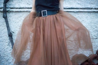 gonna in tulle marrone