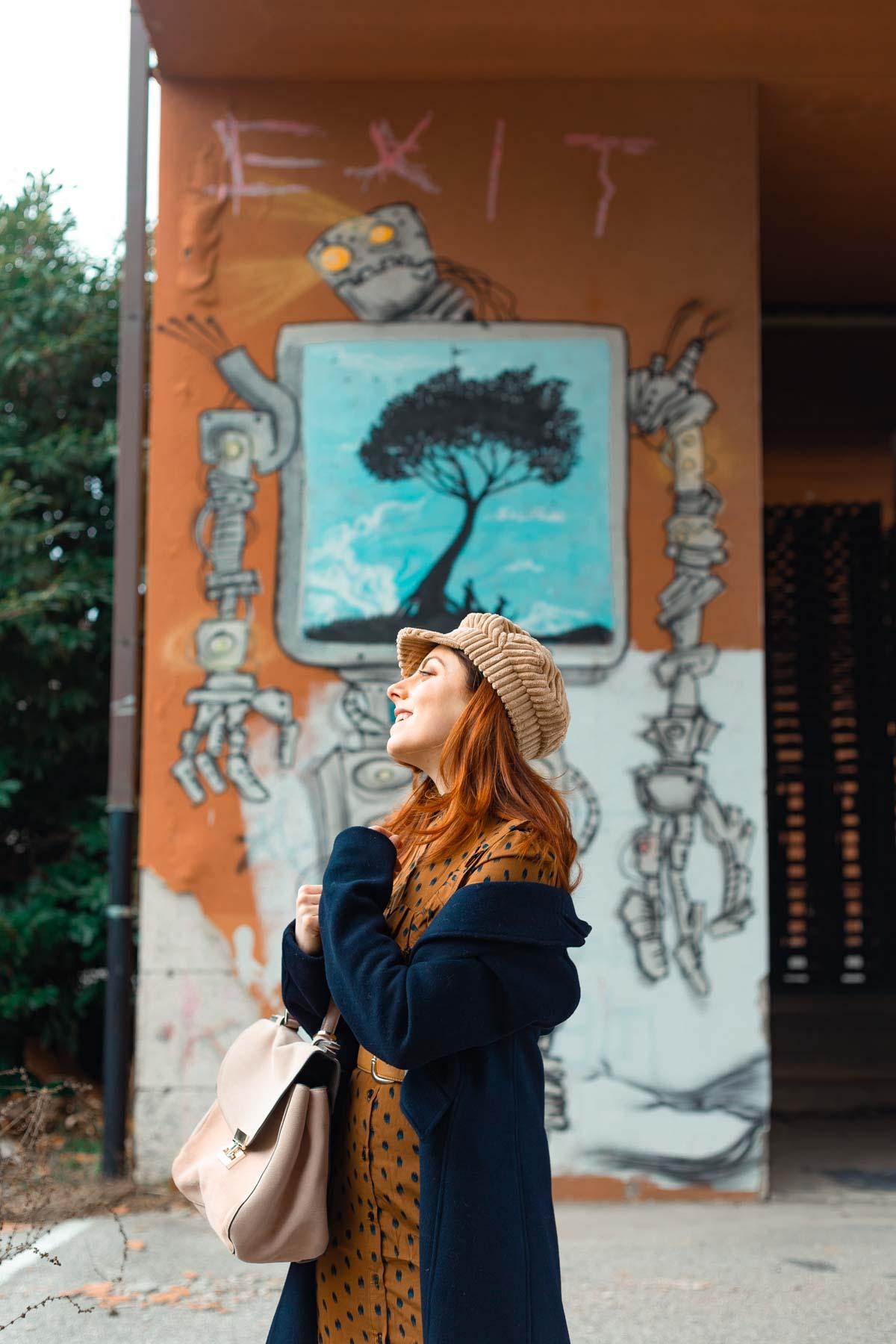 outfit di fine inverno cappello beige