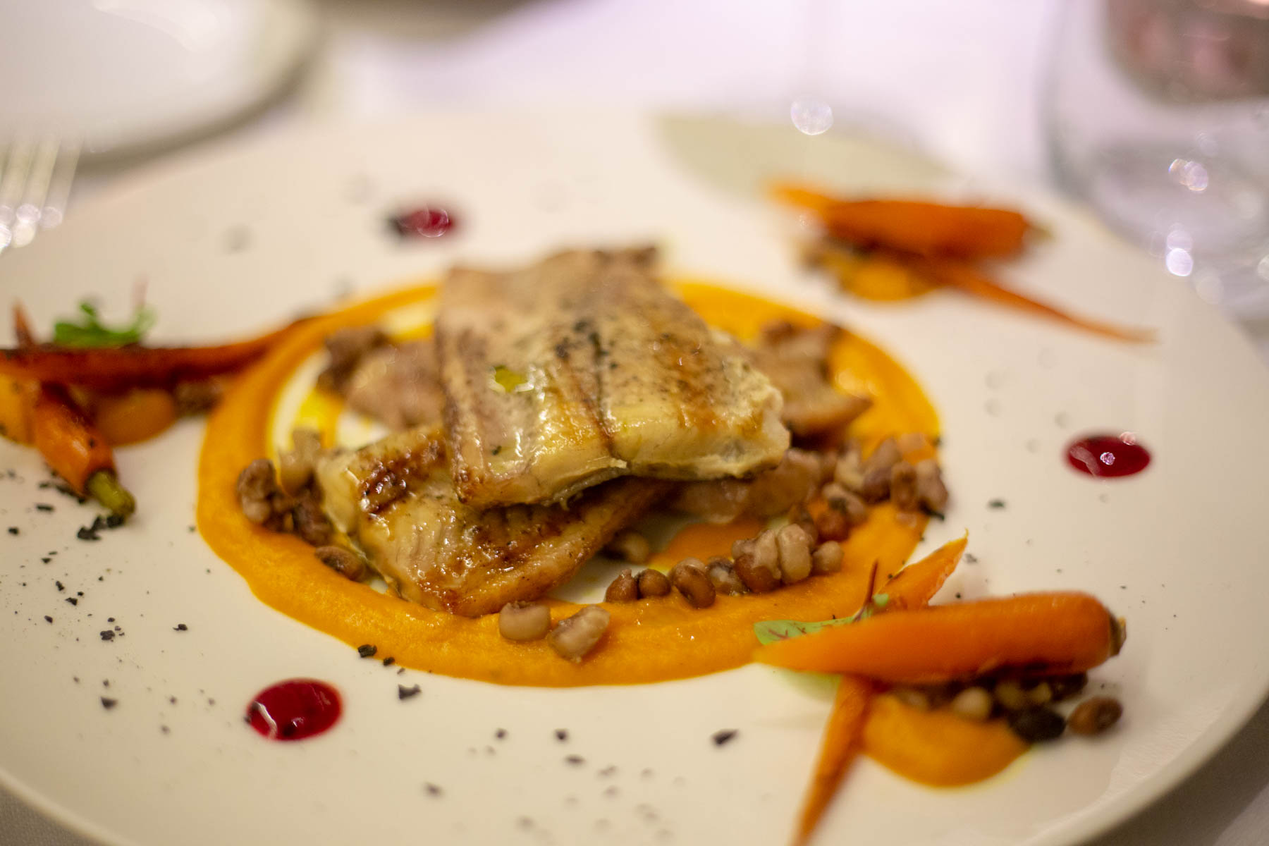 Valle di Assisi Hotel Spa & Golf anguilla con crema di carote