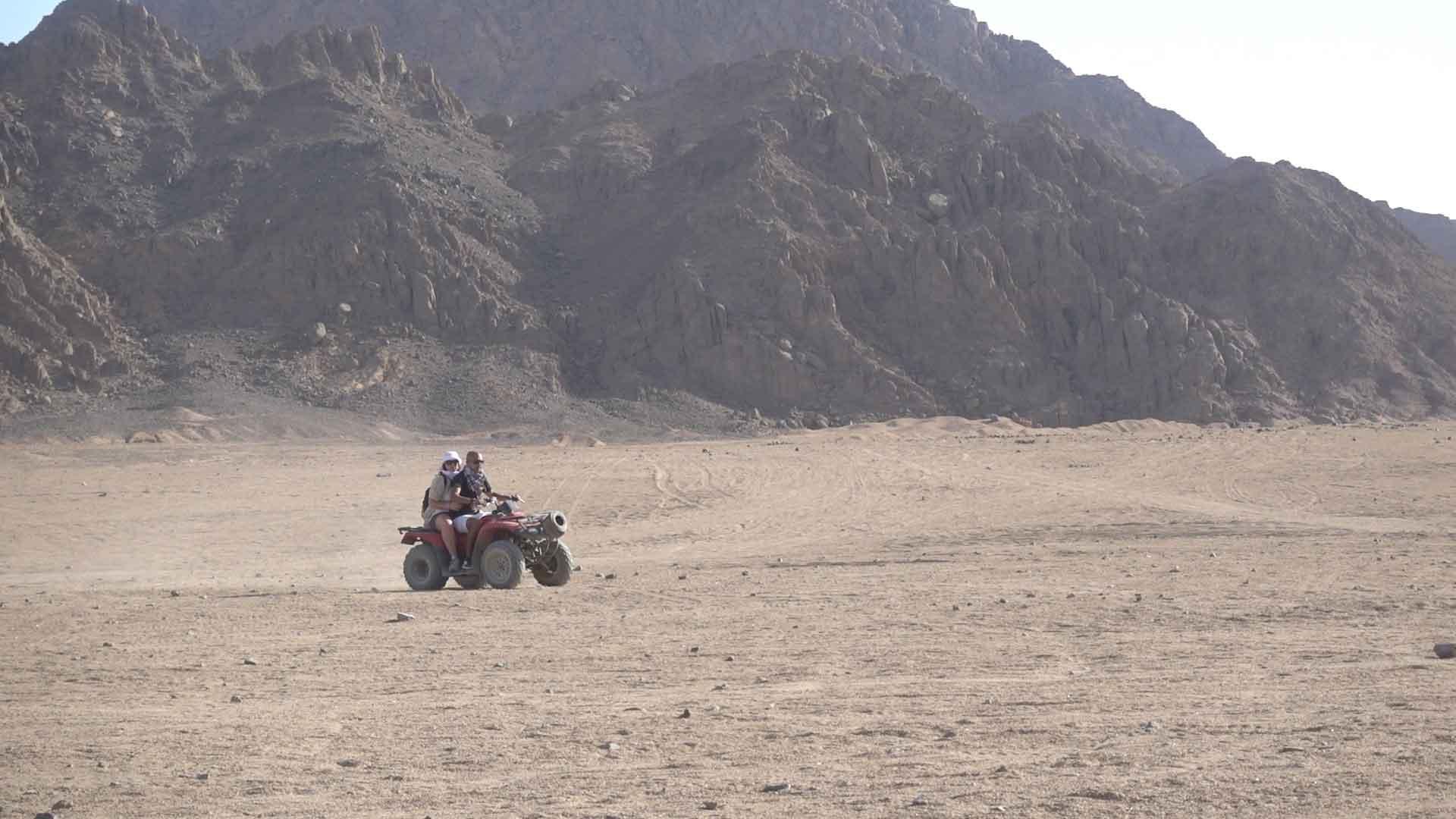 quad nel deserto del sinai