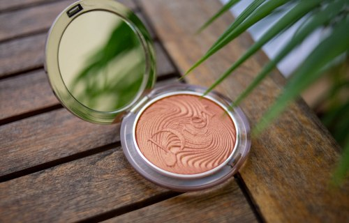 Diorskin Nude Luminizer Glow Vibes: Coral Vibes   Chiacchiere Beauty