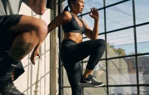 Allenarsi a casa: le migliori app per fare esercizio senza andare in palestra