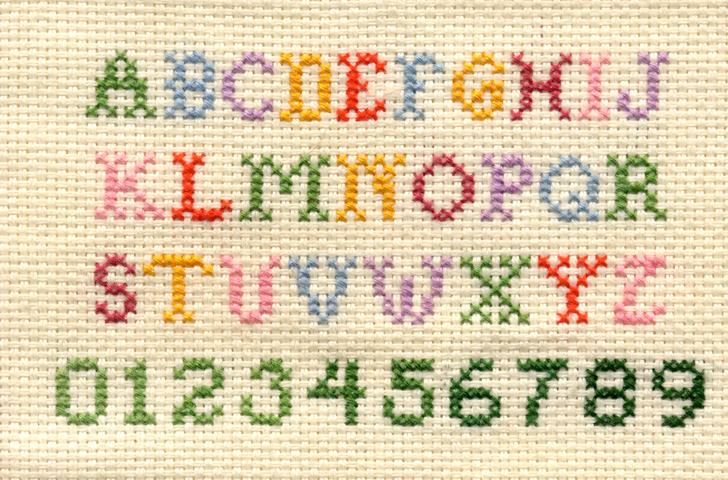 lettere in punto croce