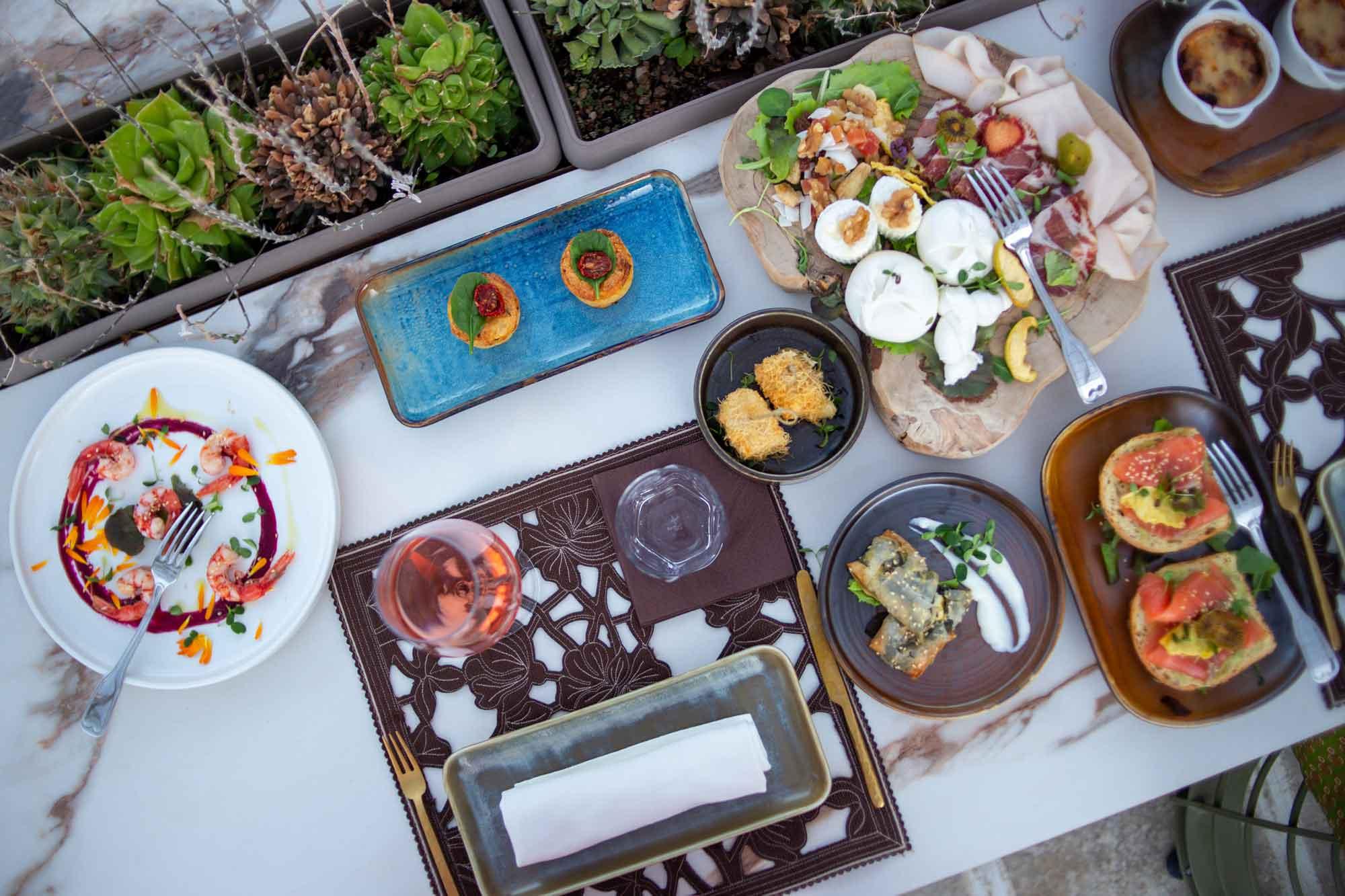 la tradizione dell'aperitivo in terrazza