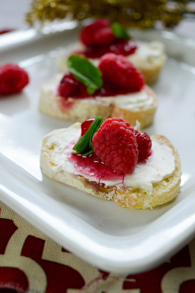 cranberry bruschetta for holiday appetizer