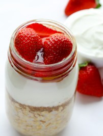 Strawberries & Cream Overnight Oats