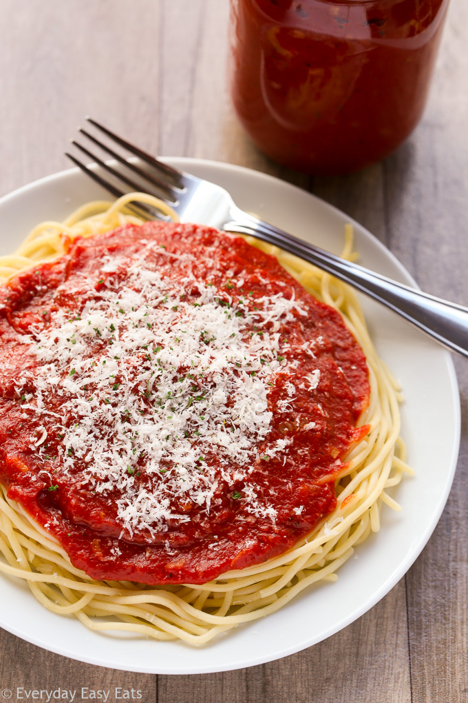 This 20-minute homemade marinara sauce recipe is made with simple, classic ingredients and is delightfully easy to prepare.   EverydayEasyEats.com