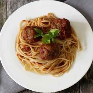 italian meatballs and spaghetti 600 (1)