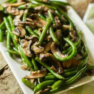 green beans mushrooms with shallots