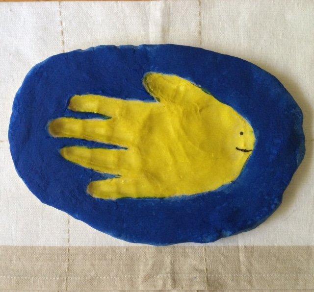 diy flour dough handprint fish
