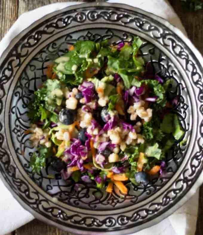 My Favorite Superfood Detox Salad