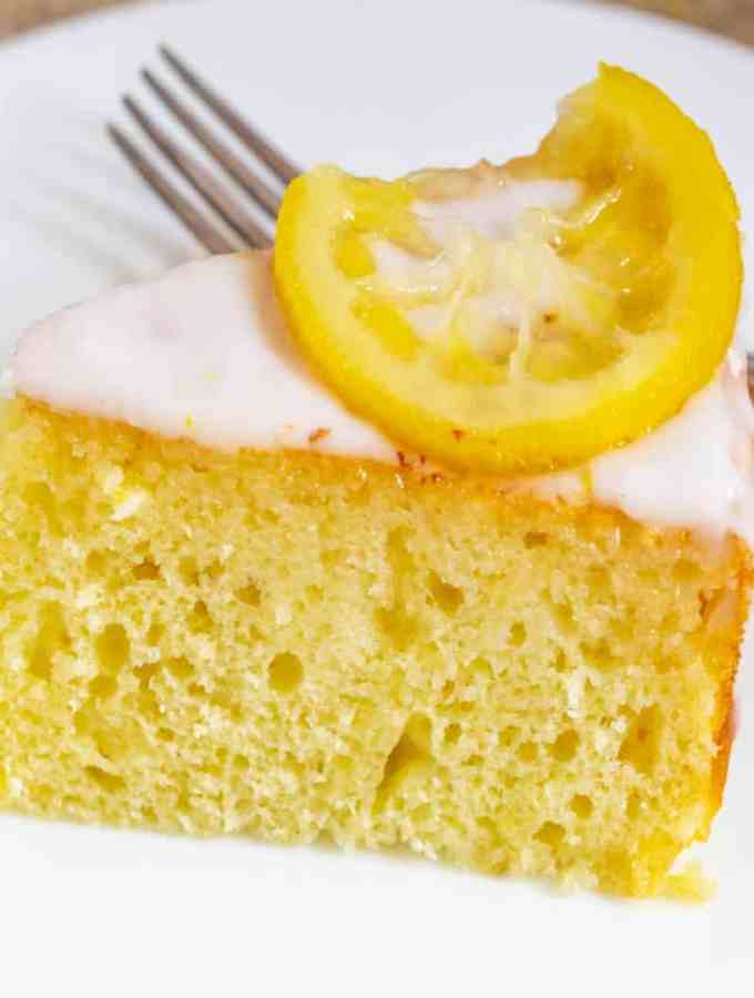 The Best Lemon Yogurt Cake