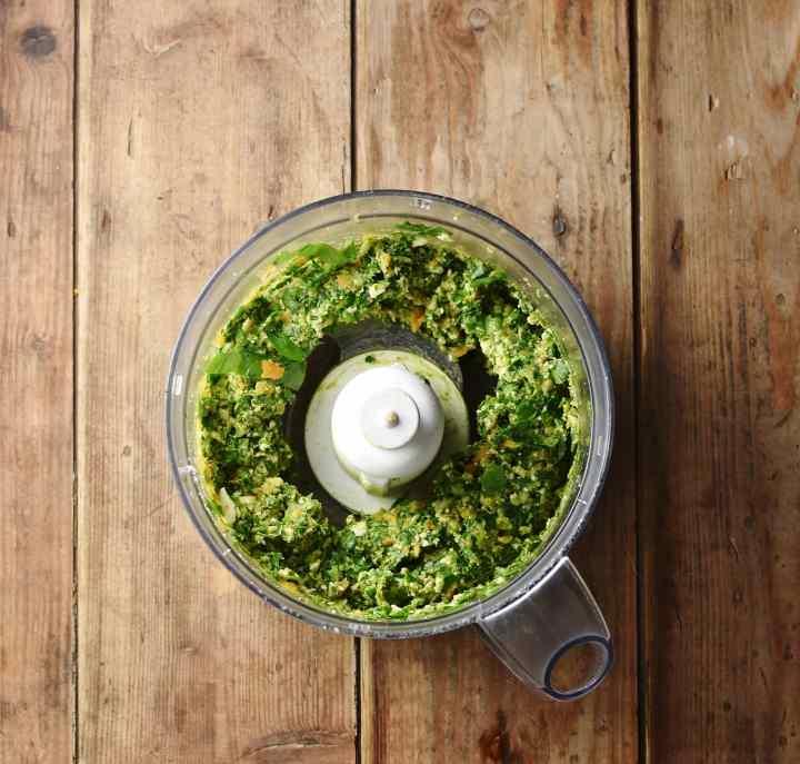 Spinach mixture in blender.