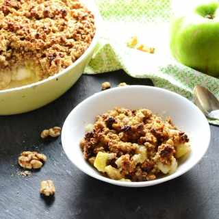 Apple Ginger Breakfast Crumble with Walnuts