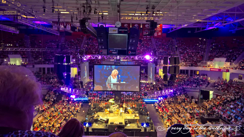 Beth Moore Conference: Wisdom or Folly?