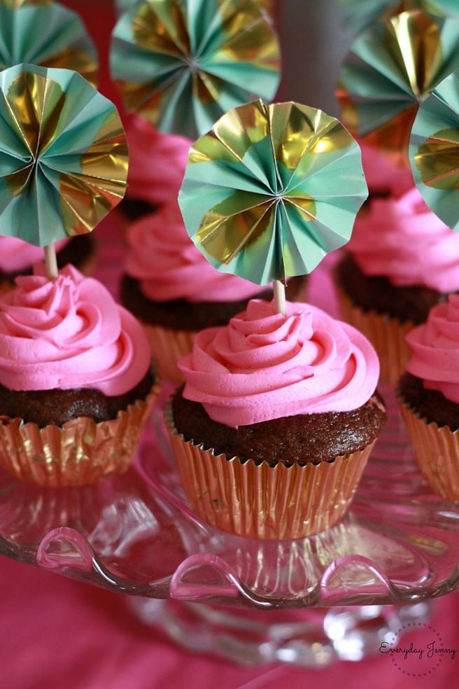 Hello Kitty Party Pinwheel Cupcakes
