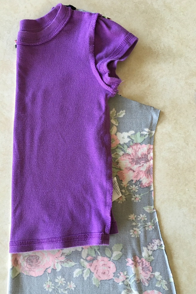 Do it Yourself (DIY) Quickest and Easiest Alter a Women's Dress into a Toddler Dress. Simple tutorial on everydayjenny.com