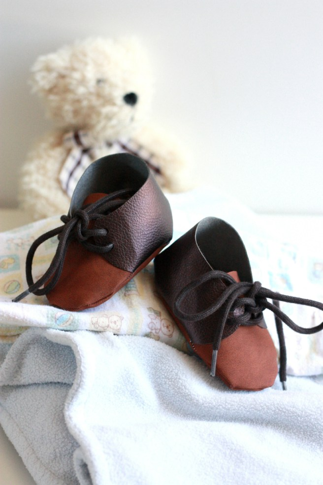 Faux Leather Baby Shoes with Cricut Explore Air 2