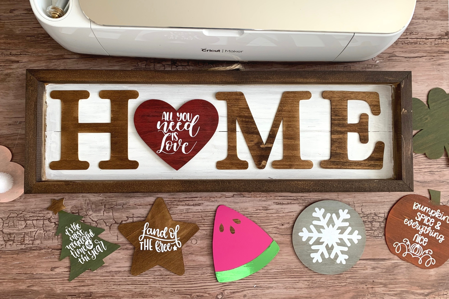 cricut maker wood projects seasonal sign
