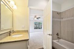 18_bathroom2